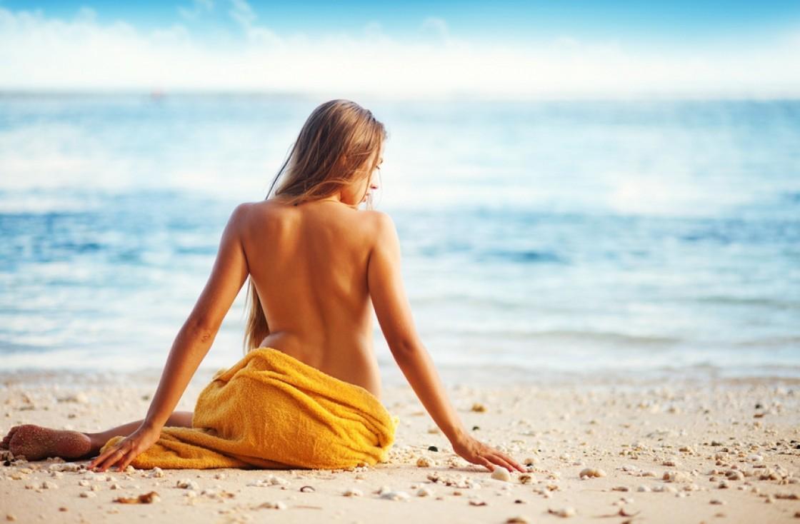 НУДИЗМ: правила поведения на пляже