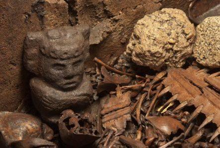 АРХЕОЛОГИЯ: туннель со зловещими находками