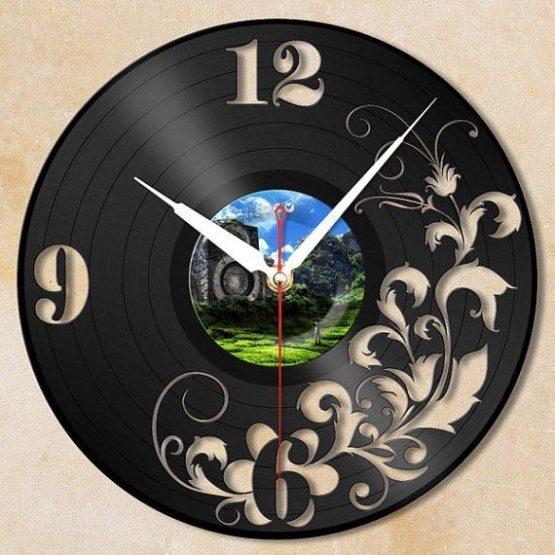 Часы - пластинка