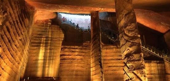 Пещера ЛОНГЬЮ