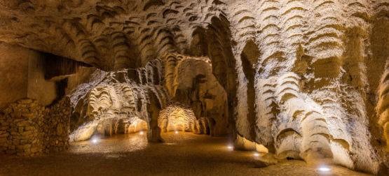 Пещера ЛОНГЬЮ.